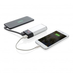 4000 mAh powerbank with digital display